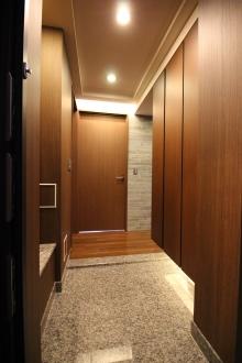 ブランズタワー札幌1701号室 玄関