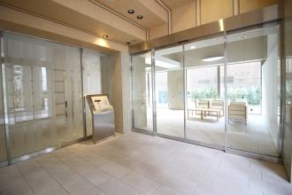 ブランズタワー札幌1701号室 共用玄関